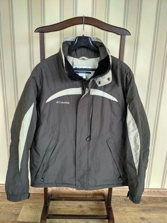Куртка Columbia раз L (50-52) цена 1100 гр (оригинал,отличное состоян)