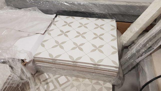 Opoczno Patchwork Clover Grey Pattern Gres 29,8x29,8 (12 szt.)