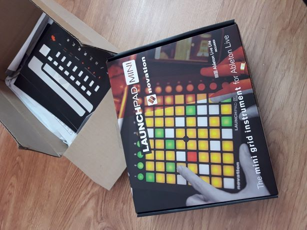 Novation Launchpad mini mk2 kontroler