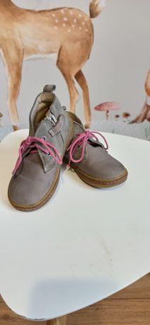 Sprzedam jesienne buty firmy Emel