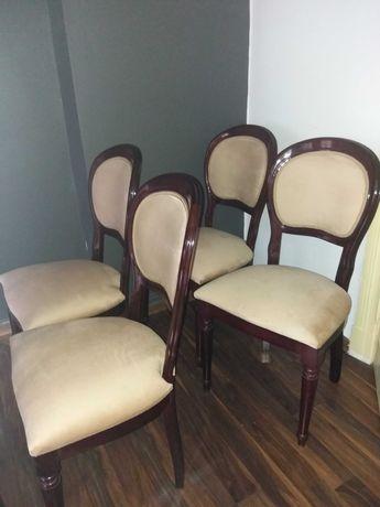Krzesła włoskie drewniane