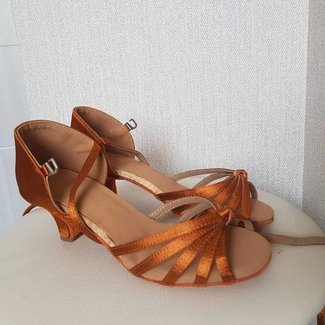 Туфли для бальных танцев, есть все размеры