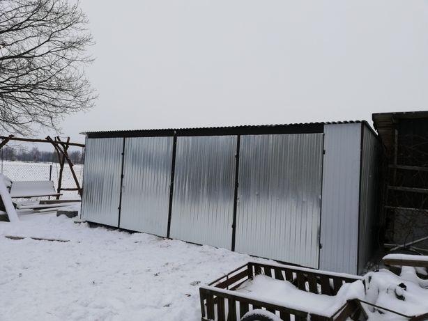 garaże wiaty