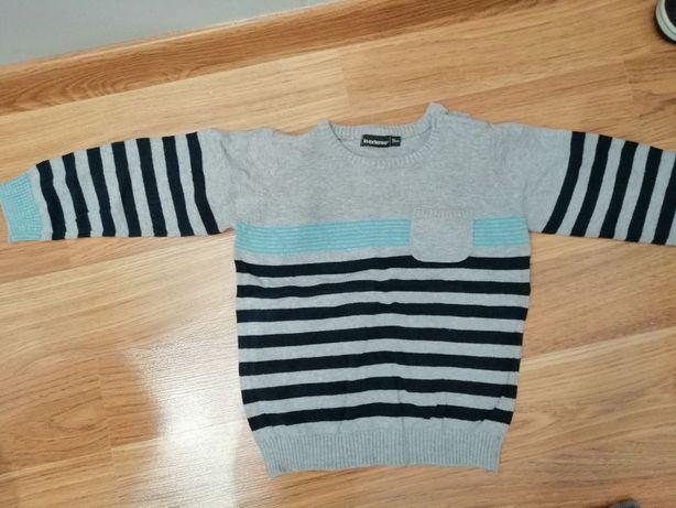 sweterek chłopięcy rozm. 98