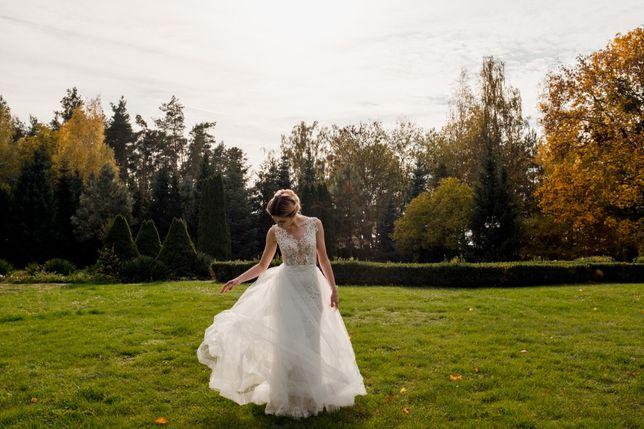 Suknia ślubna Camili Piekut - model Alhambra