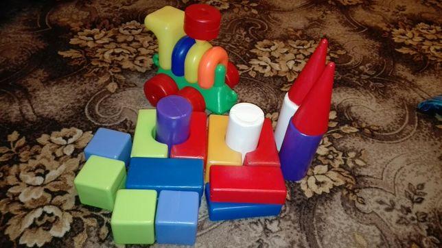 Игрушки, кубики