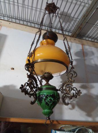 Piękna lampa jak naftowa majolika