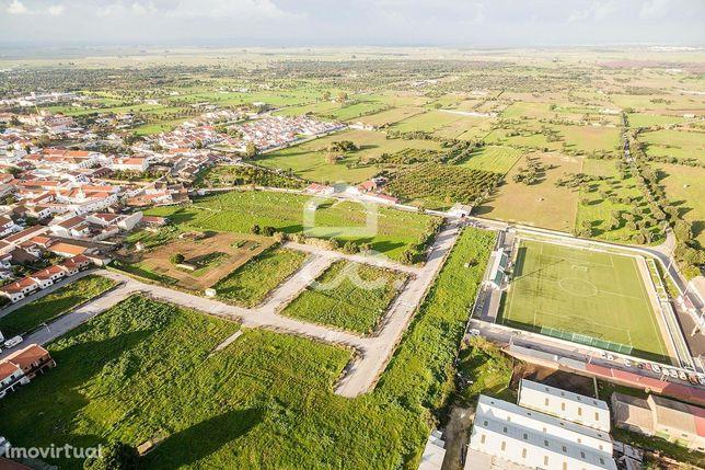 Terreno urbano com 224 m2, para construção de moradia unifamiliar | Vi