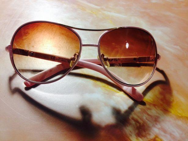 Очки солнцезащитные в нежно розовой оправе для девочки 8-12 лет
