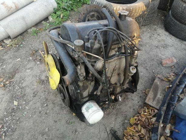Двигатель ваз 2103. Мотор в хорошем состоянии.