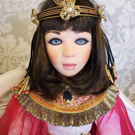 кукла Клеопатра коллекционная фарфоровая