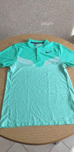 Koszulka sportowa damska firmy NIKE.