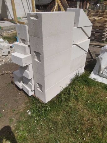 Beton komórkowy pozostałości po budowie
