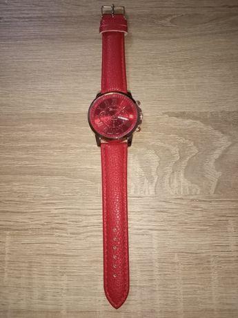 Zegarek w kolorze czerwonym
