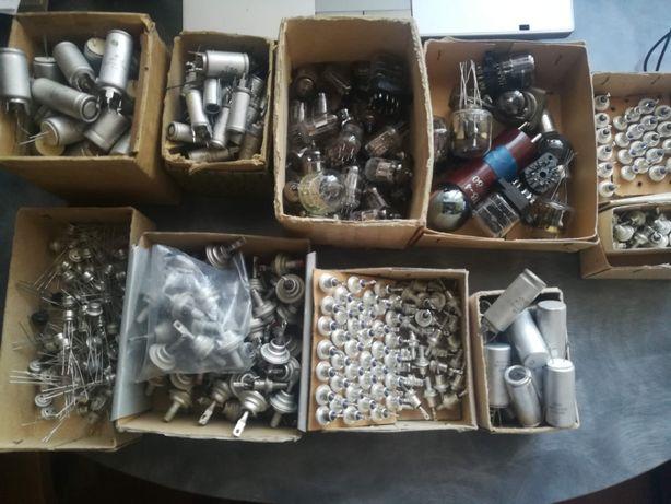 Стабилитроны,конденсаторы, транзисторы,лампы одним лотом