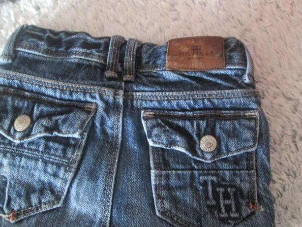 Śliczne jeansy Tommy Hilfiger..18 miesięcy