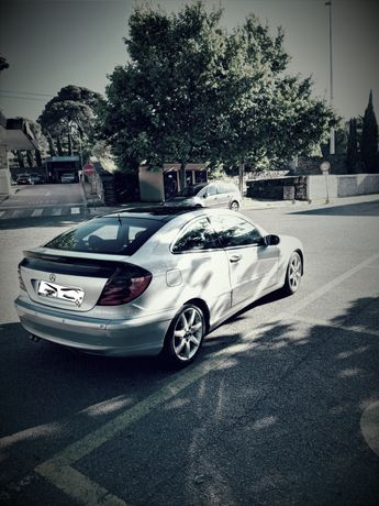MERCEDES C 220 sport coupe ano2001
