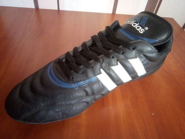 """Футбольные бутсы Adidas [""""RETRO""""] (сьемные металические шипы)"""