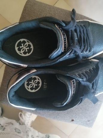 Vendo sapatilhas originais Guess