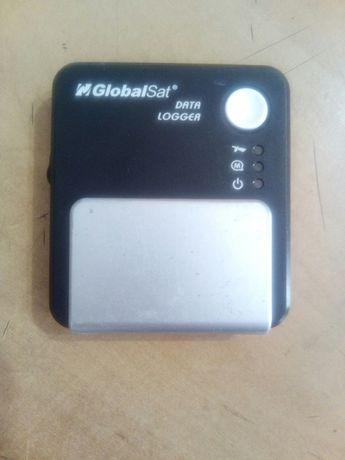 GPS-приёмник с даталоггером GlobalSat DG-100 (USB)