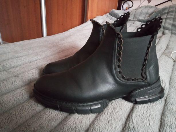 Женские ботинки  весна