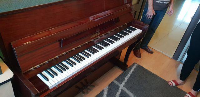 Pianino sprzedam legnica