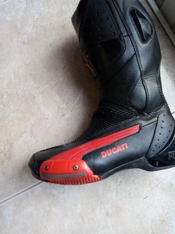 Ducati botas moto