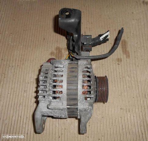 Alternador para Nissan Almera n16 1.5 gasolina (2002)