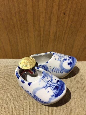 Башмаки гжель коллекционная миниатюра