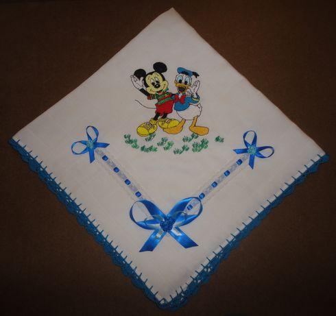 "Fralda Bordada ""Mickey Mouse e Pato Donald"""