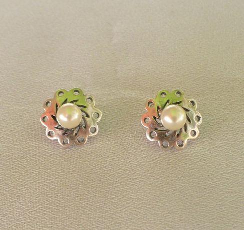 kolczyki srebrne sztyfty z perłą na prezent