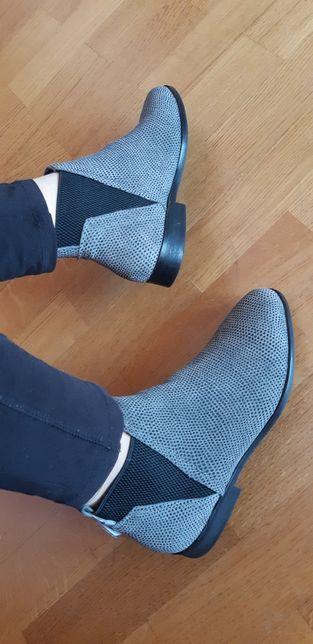 Туфли туфлі сапожкі чоботи