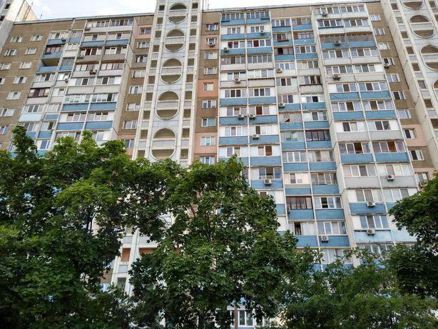 Архитектора Николаева 9А (начало Троещины). 1к-42 кв.м. Без комиссии.