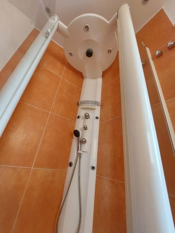 Kabina prysznicowa Wraz ze słuchawka i masażerem
