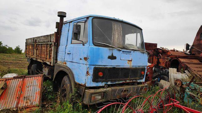 МАЗ бортовой грузовой