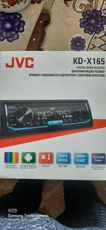 Магнитола    JVC