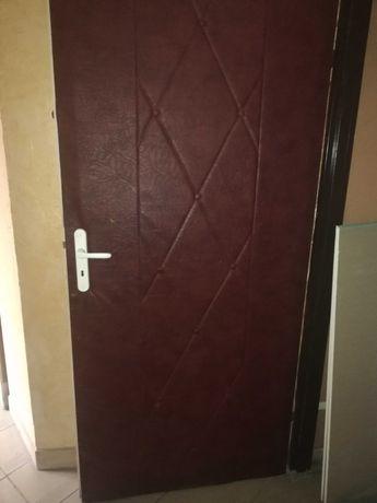 Drzwi używane z ociepleniem