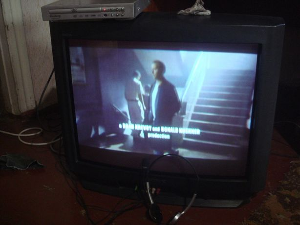 Телевизор SONY Trinitron 25 дюймов