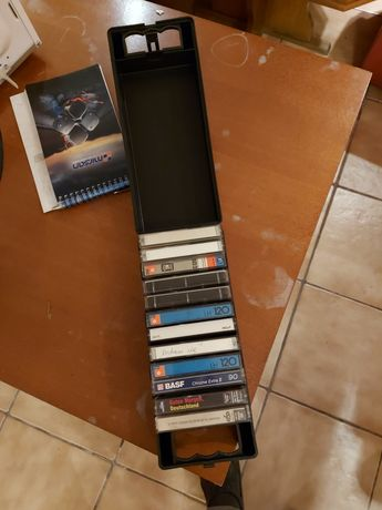 Kasety magnetofonowe z pudełkiem