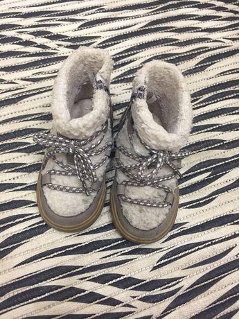 Зимні чобітки hm