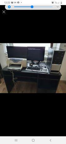 Sprzedam  komputer zestaw