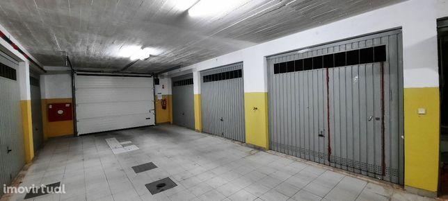 Garagem, Palhais