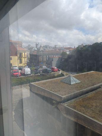 Arrendamento T0 centro historico Porto