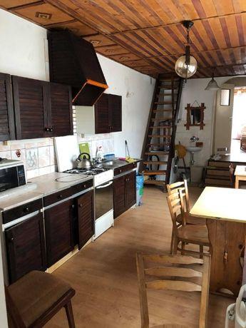 Оренда будинку для робітників у мiстi Севеж.