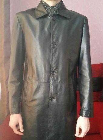 Мужская весенняя куртка кожаная ZARA