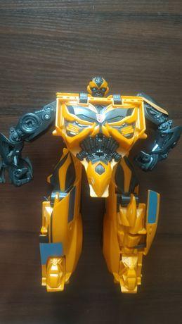 Большая игрушка-трансформер Бамблби - Bumblebee 25см