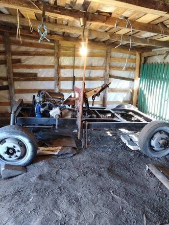 Продам раму і мотор під саморобний трактор + прицеп(можливо частинами)