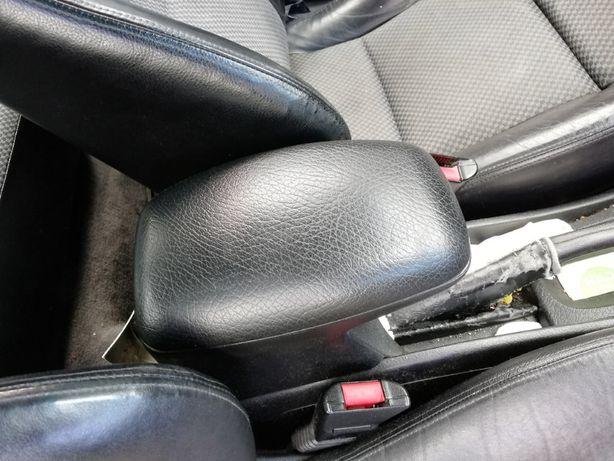 Podłokietnik Opel Vectra B zender opc 2002r części