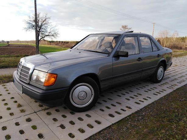 Mercedes W124 z 1987roku , Diesel , Wąska listwa