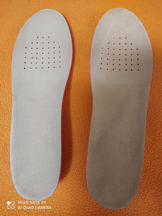 Palmilhas para sapatos. Novas Santo António da Charneca - imagem 1